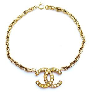 CHANEL Gold Vintage Chunky Chain Jumbo CC Logo